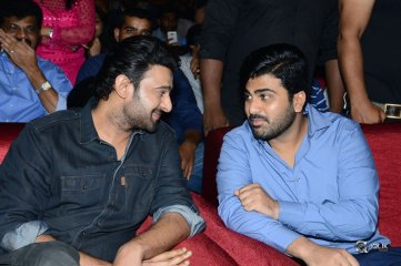 Mahanubhavudu-Movie-Pre-Release-Function