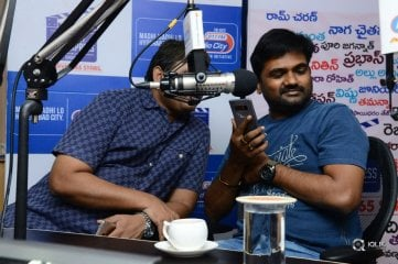 Mahanubhavudu Movie Team At Radio City