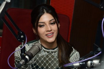 Mahanubhavudu Movie Team At Red FM