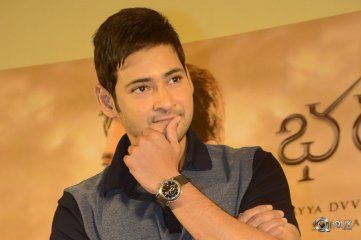 Mahesh-Babu-at-Bharat-Ane-Nenu-Successmeet