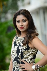 Manali Rathod At Howrah Bridge Movie Trailer Launch