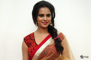 Manasa-at-Rowdy-Fellow-Movie-Audio-Launch