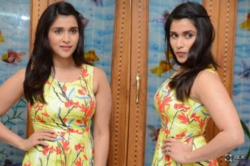 Mannara-Chopra-Interview-About-Jakkanna-Movie