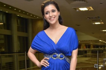 Mannara Chopra at Rogue Movie Trailer Launch