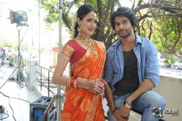 Mirchi Lanti Kurradu Movie On The Sets