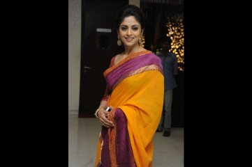 Nadiya-at-Drushyam-Success-Meet