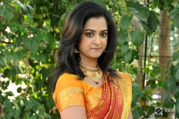 Nanditha at Krishnamma Kalipindi Iddarini Movie Opening