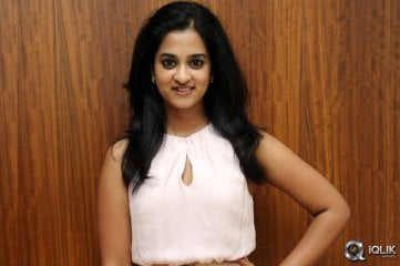 Nanditha-at-Lovers-Movie-Platinum-Disc-Function