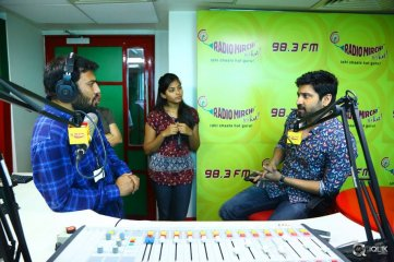Naruda-DONORuda-Movie-Team-At-Radio-Mirchi