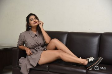 Neha-Deshpande-Recent-Photos