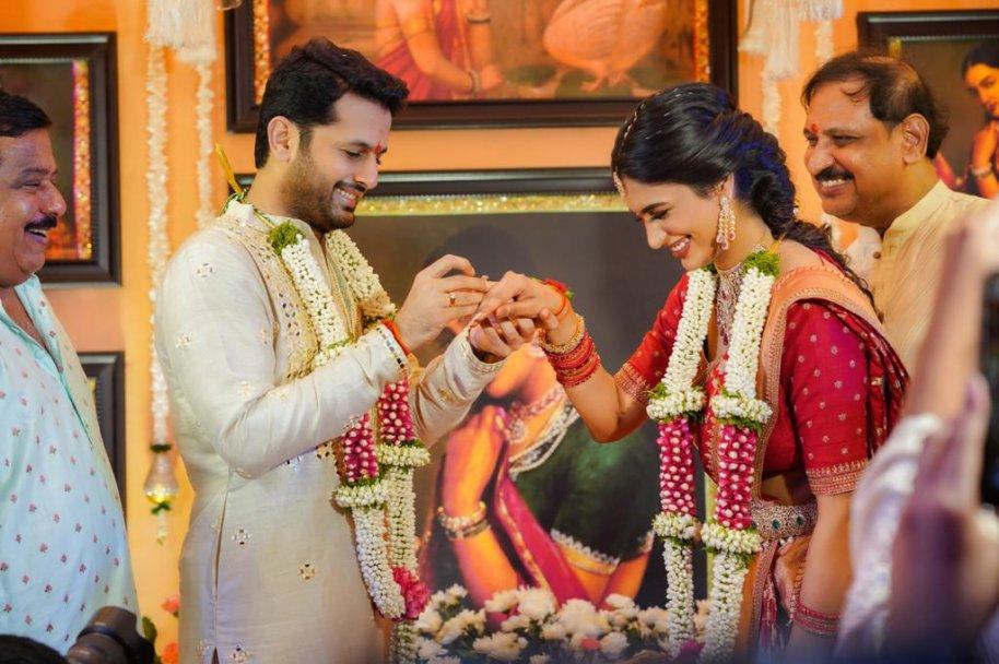Nithiin-and-Shalini-Engagement-Photos