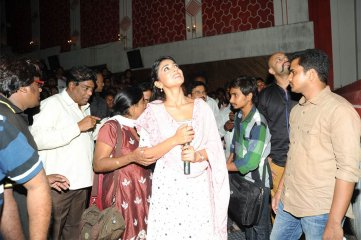 Pavithra-team-in-Theatre-Coverage