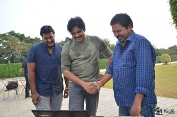 Pawan-Kalyan-Launched-2-Countries-Movie-Teaser