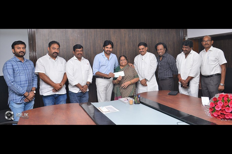 Pawan-Kalyan-Mother-Donation-For-Janasena-Party