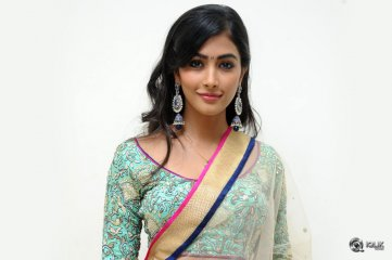 Pooja-Hegde-at-Mukunda-Movie-Audio-Launch