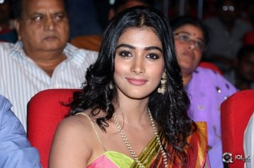 Pooja-Hegde-at-Oka-Laila-Kosam-Audio-Launch