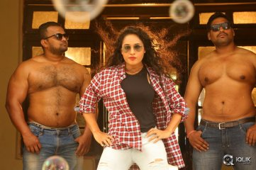Pooja-Ramachandran-Stills-From-Devi-Sri-Prasad