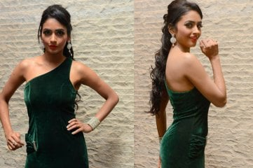 Pooja-Sree-At-Nee-Jatha-Lekha-Audio-Launch