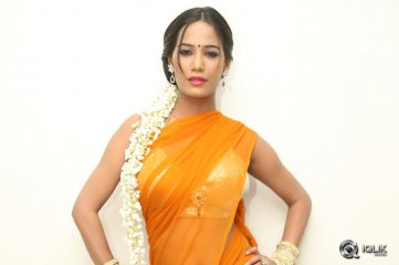 Poonam Pandey Malini and Co Press Meet