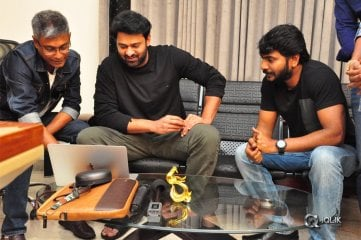 Prabhas Appreciates Paper Boy Trailer Photos