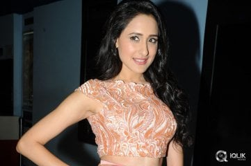 Pragya Jaiswal at Kanche Movie Trailer Launch