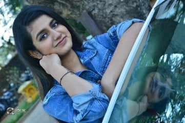 Priya-Prakash-Varrier-New-Photos