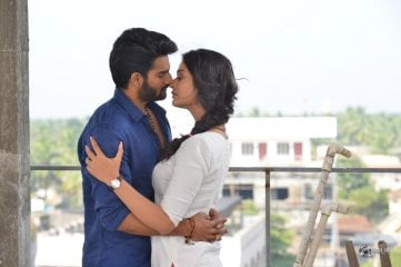 RX 100 Movie Liplock Stills