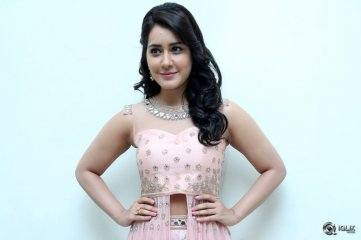 Raashi Khanna at Bengal Tiger Movie Audio Launch