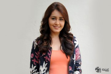 Raashi-Khanna-at-Joru-Audio-Success-Meet