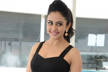 Rakul Preet Singh at Nannaku Prematho Movie Press Meet