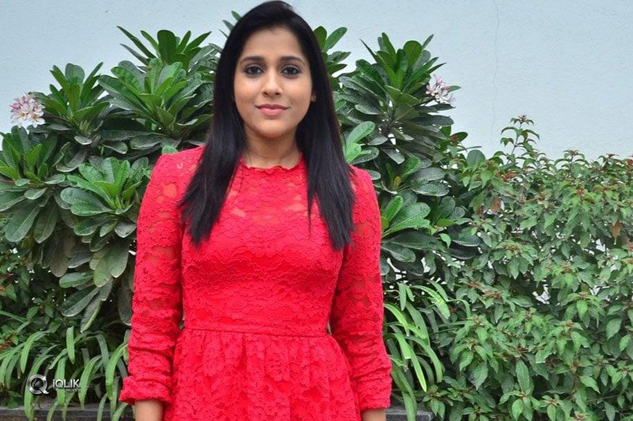 Rashmi-Gautam-Launches-Be-You-Salon-At-Kondapur