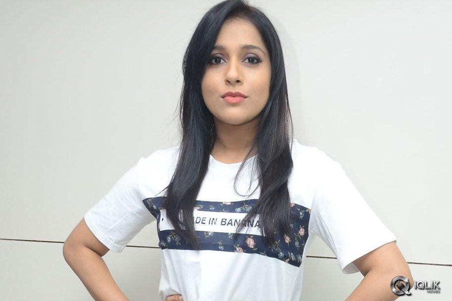 Rashmi-Gautam-Launches-Be-You-Salon-at-AS-Rao-Nagar