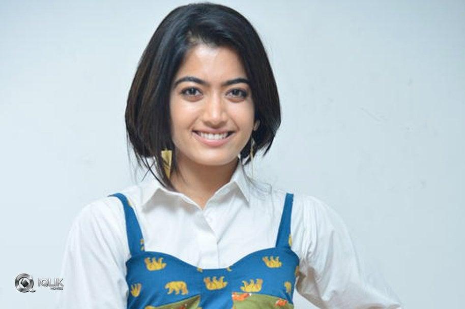 Rashmika-Mandanna-New-Photos