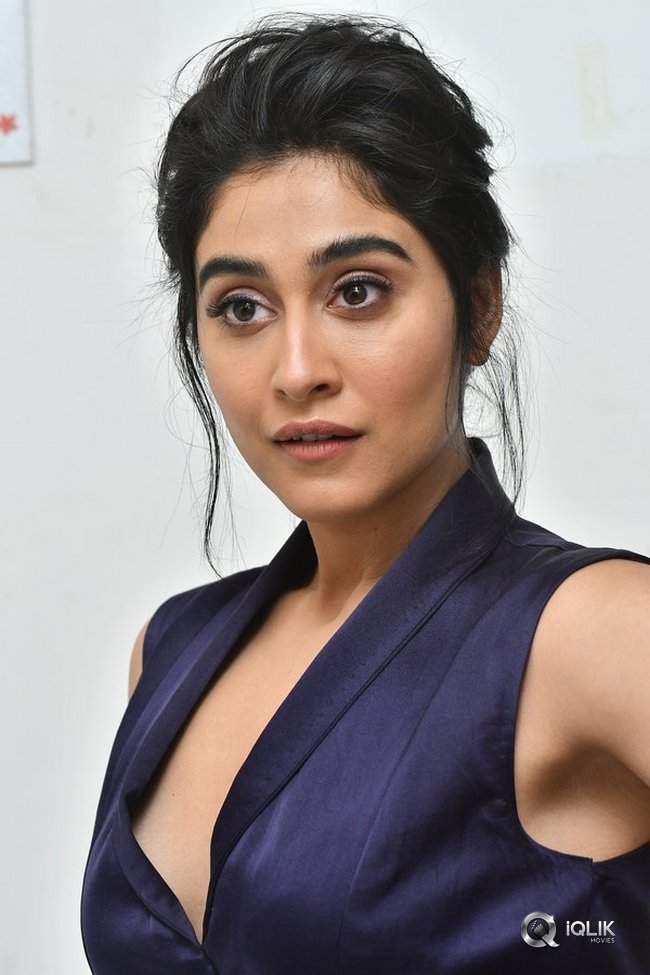 Regina-Cassandra-Latest-Photoshoot