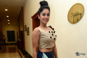 Regina-Cassandra-at-Power-Platinum-Disc-Function