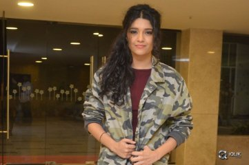 Rithika singh At Guru Movie Trailer Launch