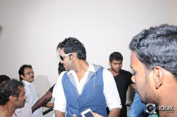 Rowdy-Movie-Promotion-in-Guntur
