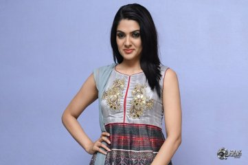 Sakshi-Chaudhary-Latest-Photo-Gallery