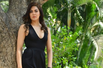 Sakshi-Chaudhary-New-Stills