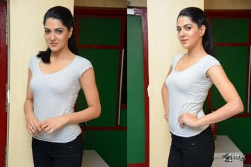 Sakshi Chowdary At Radio Mirchi