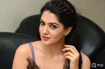 Sakshi Chowdary at Speedunnodu Movie Audio Launch