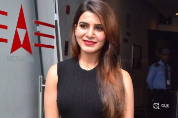 Samantha-At-Raju-Gari-Gadhi-2-Movie-Success-Meet