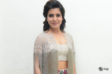 Samantha at A Aa Movie Audio Launch