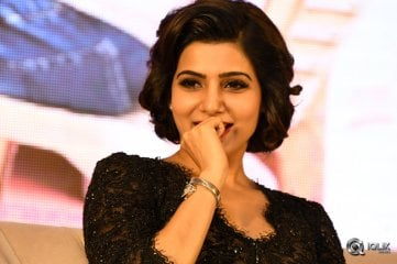 Samantha at A Aa Movie Success Meet