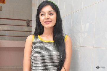 Sanam Prasad at Singham 123 Movie Show