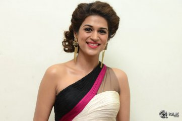 Shraddha Das at Guntur Talkies Movie Audio Launch
