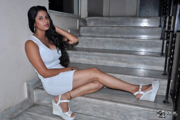 Shravya-Reddy-at-Premisthe-Poye-Kaalam-Movie-Audio-Launch
