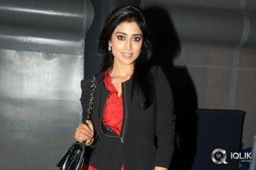 Shriya-Saran-at-Minugurulu-Website-Launch
