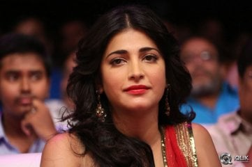 Shruti-Hassan-at-Pooja-Movie-Audio-Launch