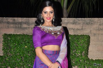 Sreemukhi at Dhanalakshmi Thalupu Thadithe Movie Audio Launch
